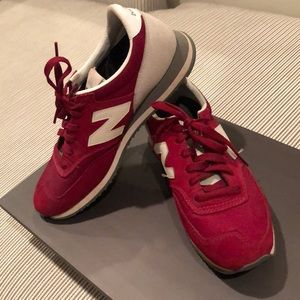 New Balance Classic Runner Sneaker- Burgundy